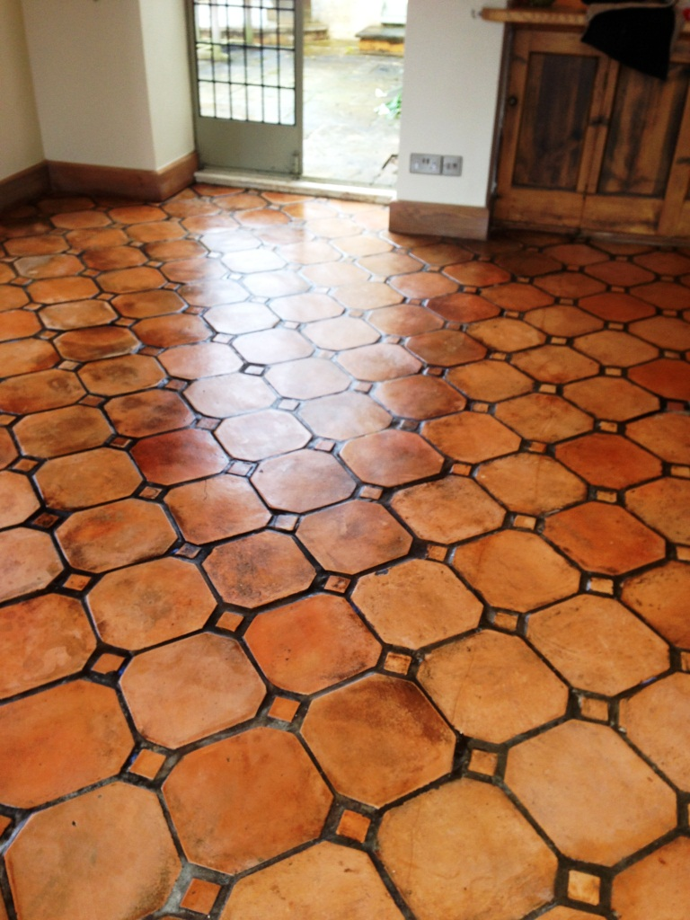 Matching mixed Terracotta Kitchen tiles in Paxford