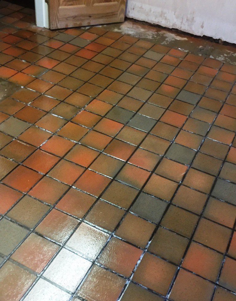 Quarry tiles covered in screed Marton after restoration