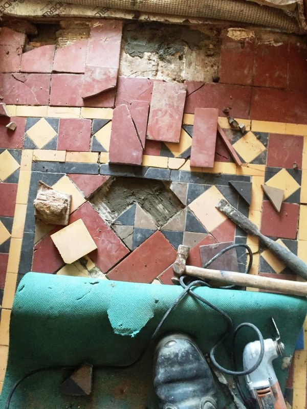 Victorian Tiled Floor Before Restoration Earlsdon Coventry