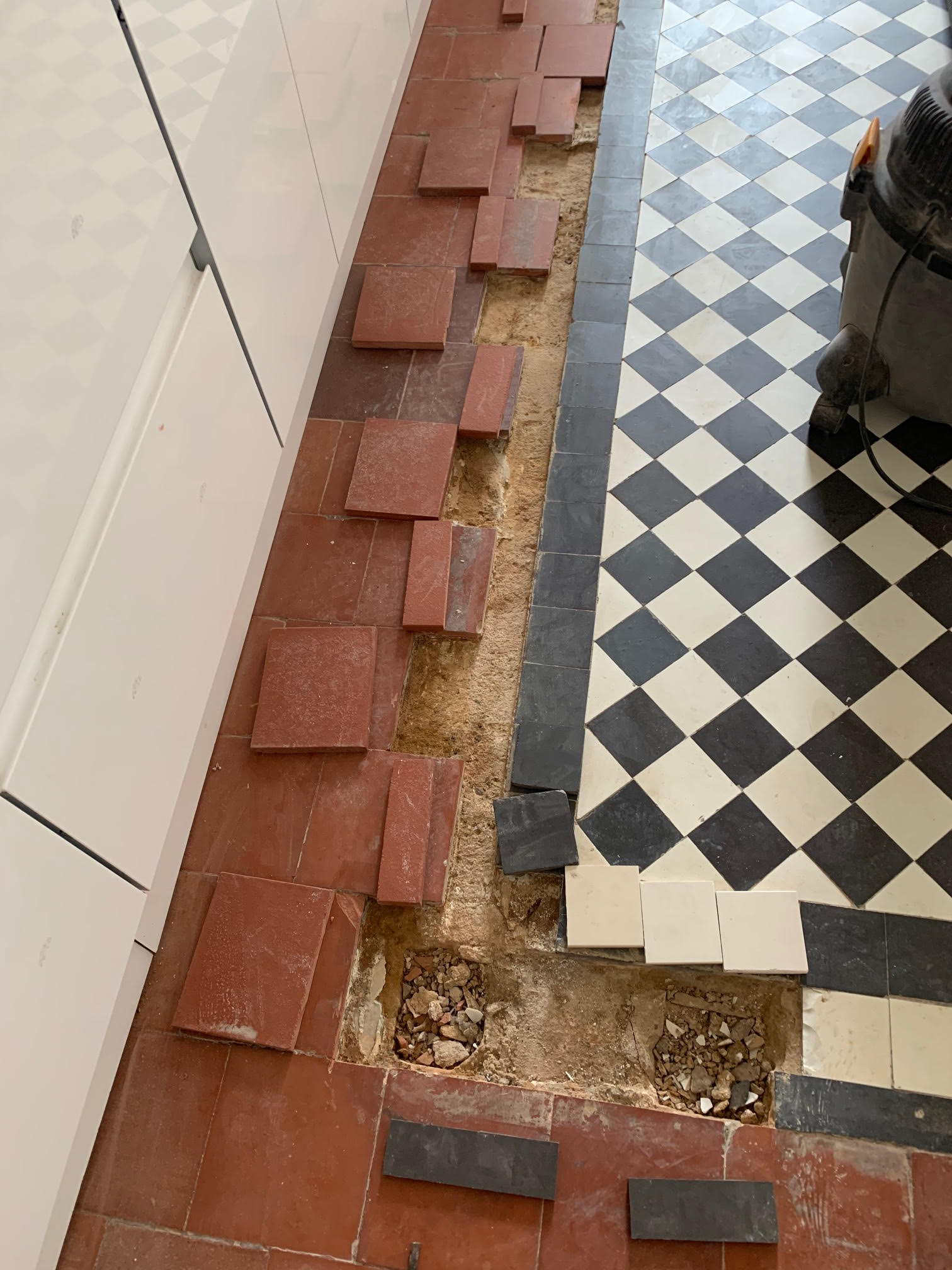 Quarry Tiled Kitchen Floor Before Renovation in Rubgy